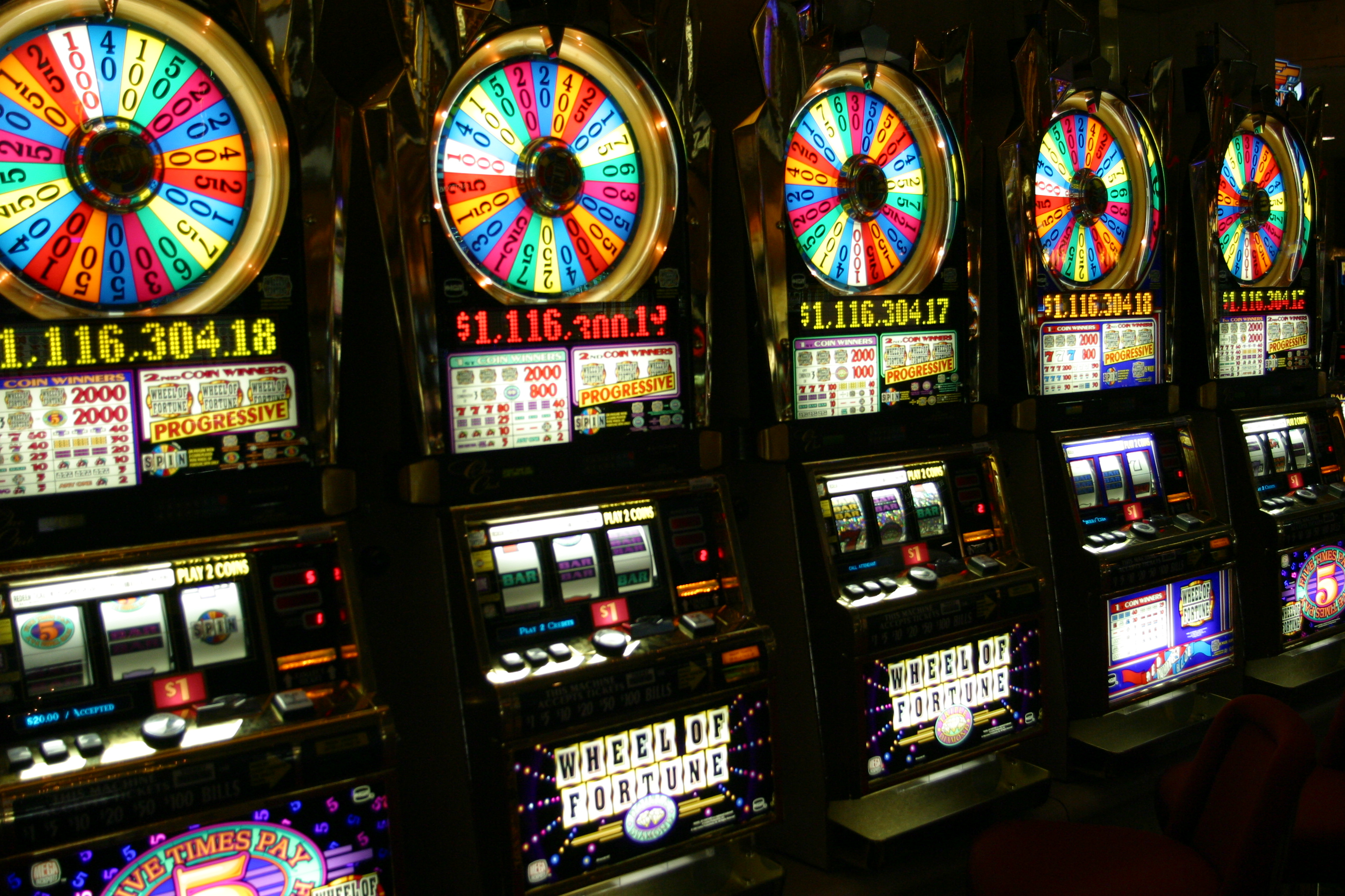 Casinos online slots machines - 790406